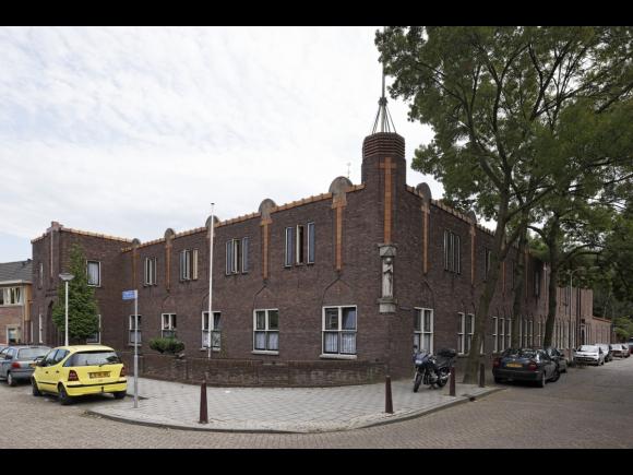 Fraterhuis, nu huisvesting arbeidsmigranten, Tilburg